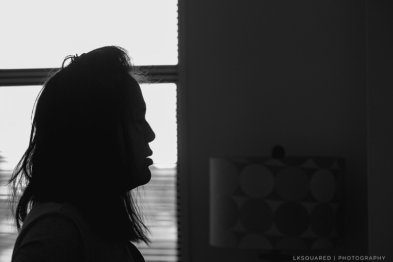 silhouette of a mom to be