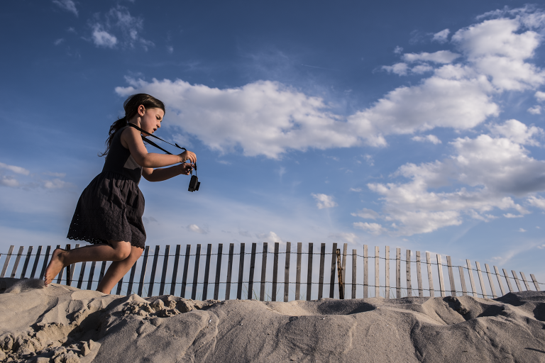 long island photographer family on the beach in point lookout